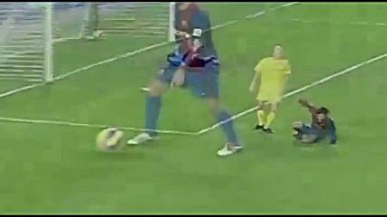 Ronaldinho - Top 10 Goals