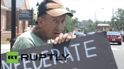 USA: Fredericksburg residents protest Confederate flag's removal