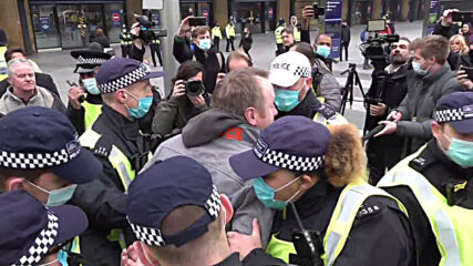 UK: Arrests made at London anti-lockdown rally