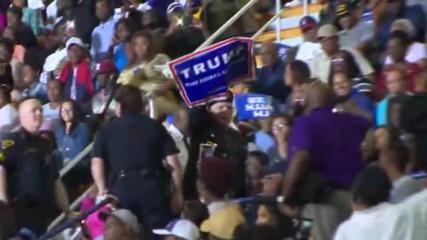 USA: Veteran Trump supporter heckles Obama at North Carolina rally