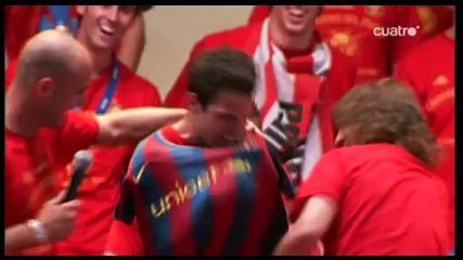 Fabregas облича фанелка на Барселона ...