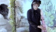 The Pretenders - 2000 Miles (Оfficial video)