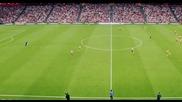 Фантастичeн гол от центъра във вратата на Барселона!
