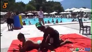 Луда игра на плажа Спукай ми балона