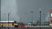 Ужасяващо торнадо в Оклахома