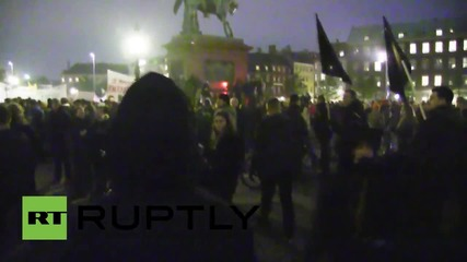 Denmark: 15,000 march on Christiansborg Palace decrying education cuts