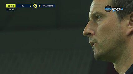 Играч на Страсбург припадна на терена