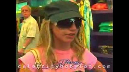 Ashley Tisdale - Shopping