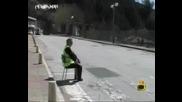Господари На Ефира - - Седнали Полицай