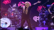 Avril Lavigne Opens Up About Battling Lyme Disease, Releases New Song ''Fly'' to Support Special Olympics