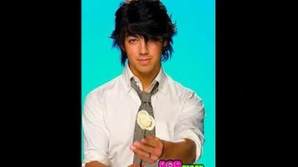 Joe Jonas + Vanessa Hudgens | | When You Look Me In The Eyes