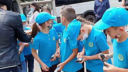 Третокласници с трогателен жест към Спешна помощ София