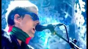 Muse - Uprising [top of the Pops - Christmas 2009]