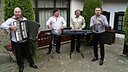 """Иван Хаджийски и приятели """"великденско хоро"""""""