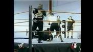 Гробаря пребива Дейвид Флеър - Wwe Raw