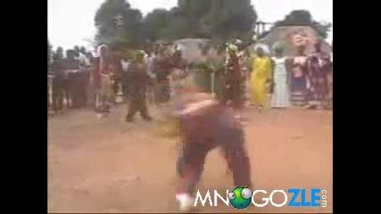 Луд африкански танц