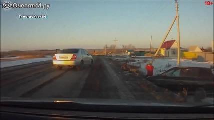Епична развръзка на пътя в Русия
