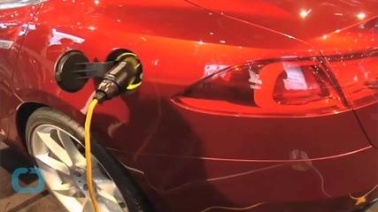 Kids React To Tesla Model S P85D 'Insane' Mode Launch