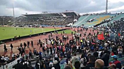 Победата на победите, Пловдив е Черно-бял!