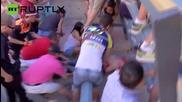 Мъж бе сериозно ранен при надбягване с бикове