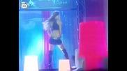 Аналия танцува в бара на Рики+снимки