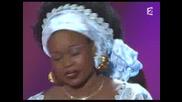 Alicia Keys Feat. Oumou Sangarг - Fallin