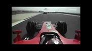 Kimi Показва Среден Пръст На Scott Speed