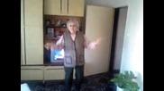 Бабка танцува