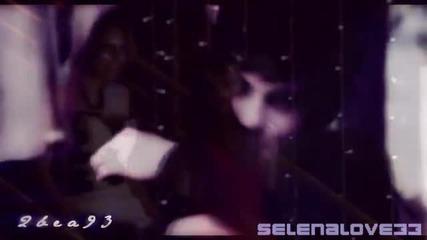 Selena loves the way Logan lies =)