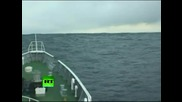 Японци заснемат Цунамито докато са в лодка до него!!!