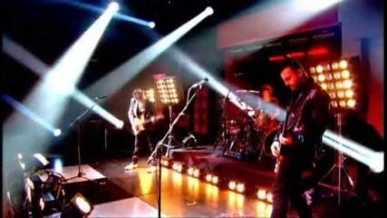 Muse - Uprising [live On Jaonathan Ross - 26.11.09]