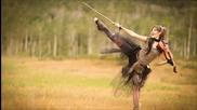 Страхотно ! Цигулка и Dubstep • Lindsey Stirling feat. Lzzy Hale - Shatter Me