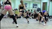 Секси мацета в Twerk booty dance