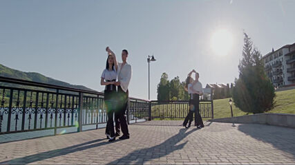 Глория - Песен За Приятелите