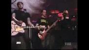 Avril Lavigne - Nobody`s Home (live)