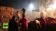 Франция: Фермерите в Рен палят огромни огньове и хвърлят тор в знак на протест