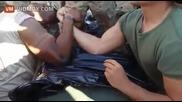 Френски войник направи за смях щатски морски пехотинец на канадска борба