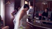 Една Забавно- Откачена Българска Сватба! Булката не я слуша много главата! Горкото момче :)