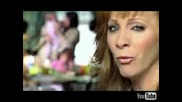 Reba Mcentire - Love Needs A Holiday
