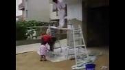 Най - смешните домашни видео клипове (част 2)