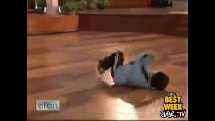 7 годишно момче танцува брейк d rasim