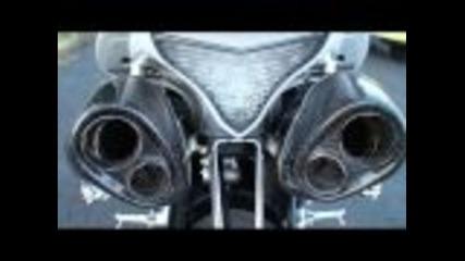 Yamaha R1 with Yoshimura Exhaust system