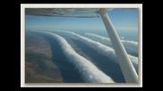 Самолети изхвърлят неясни химикали в небето