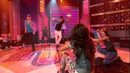 Zendaya & Bella Thorne - This is my dance floor (shake It Up ) Hd