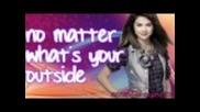 Selena Gomez-spotlight