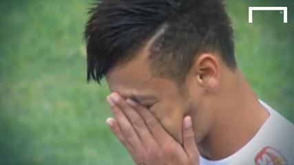 Neymar leaves Santos in tears
