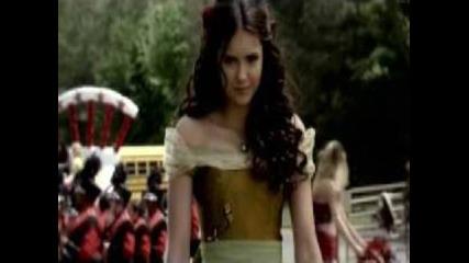 Vampire diaries - In love with two(damon/elena/stefan)