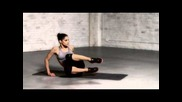 Sofia Boutella: Side V-ups With Leg Kicks