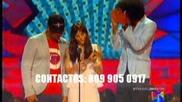 """El Batallon junto a """"la Mala Rodriguez"""" presentando un renglon en Premios Juventud 2012"""