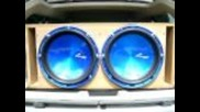 """Dodge Magnum with (2) 15"""" Audio Pipes in a custom box"""